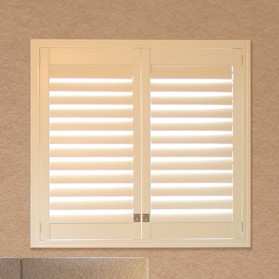 Double hinged shutter